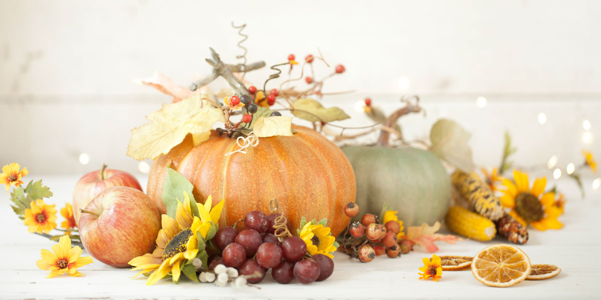 Fall floral setting