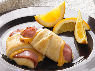 Hot Ham and cheese roll-ups recipe